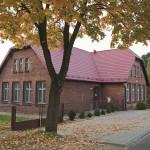 Budynek gminny starej szkoły w Jawornicyy